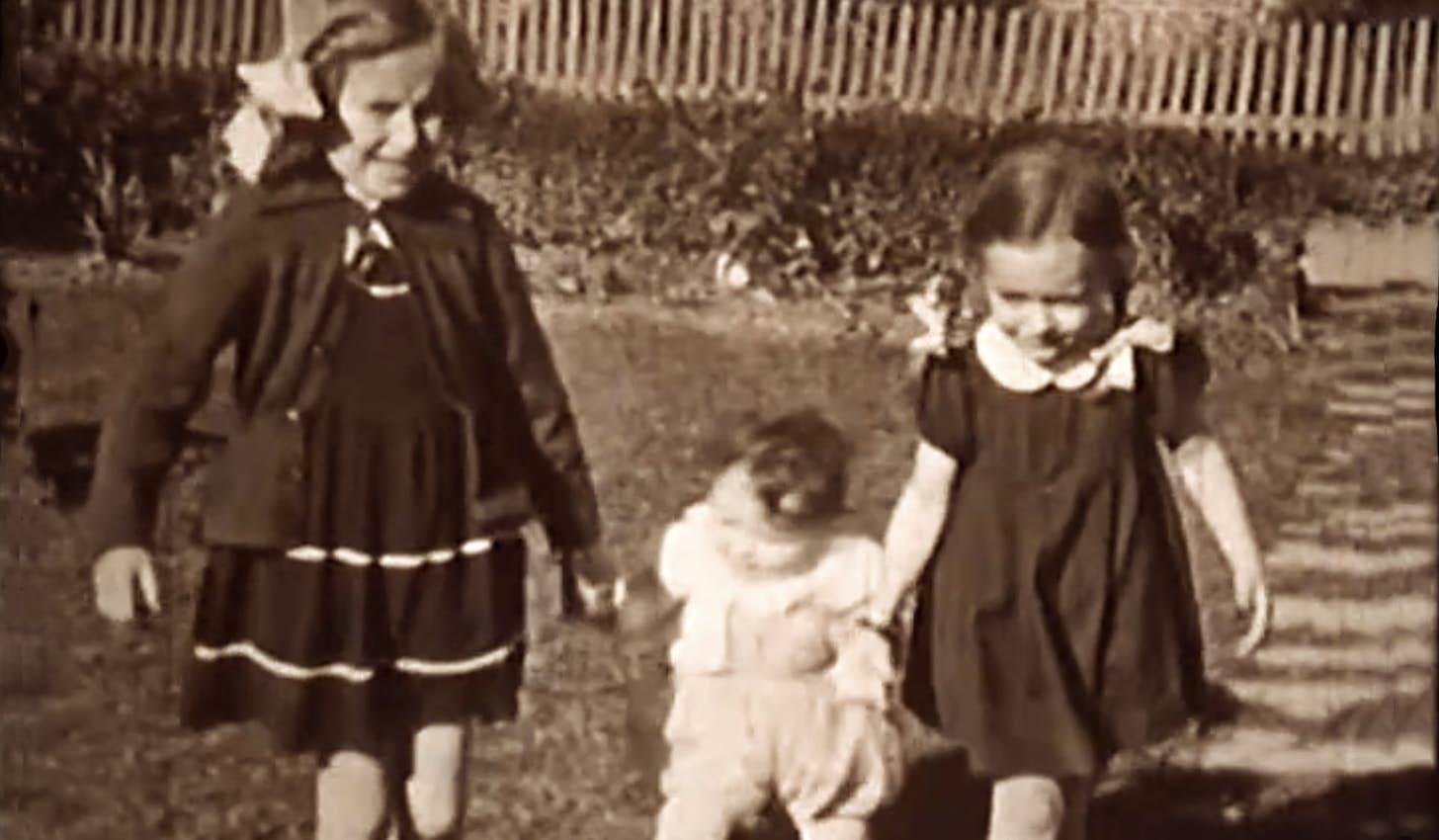 Ansager i 1950erne set fra barnehøjde