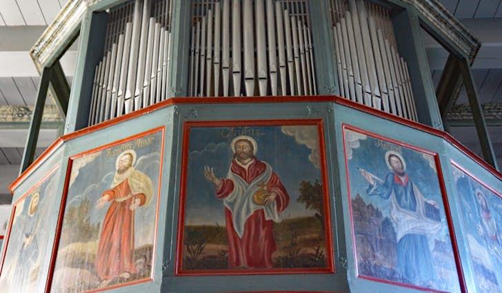 Henne Kirke